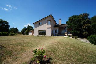 Annonce vente Maison avec terrasse jardin