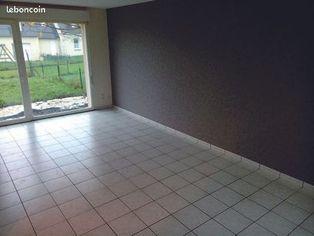 Annonce location Maison avec garage champsecret