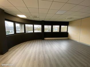 Annonce location Local commercial evry-courcouronnes