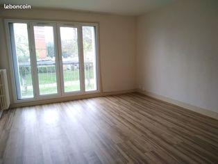 Annonce location Appartement avec parking mortagne-au-perche