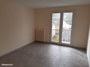 Annonce location Appartement avec cave riom-ès-montagnes
