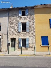 Annonce location Appartement avec parking charleval