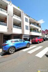 Annonce location Local commercial avec parking saint-pierre