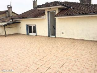 Annonce location Appartement avec terrasse pavie