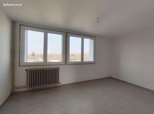 Annonce location Appartement avec baignoire bavans