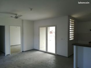 Annonce location Appartement avec parking saint-pierre