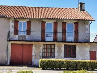 Annonce vente Maison avec garage terres-de-haute-charente